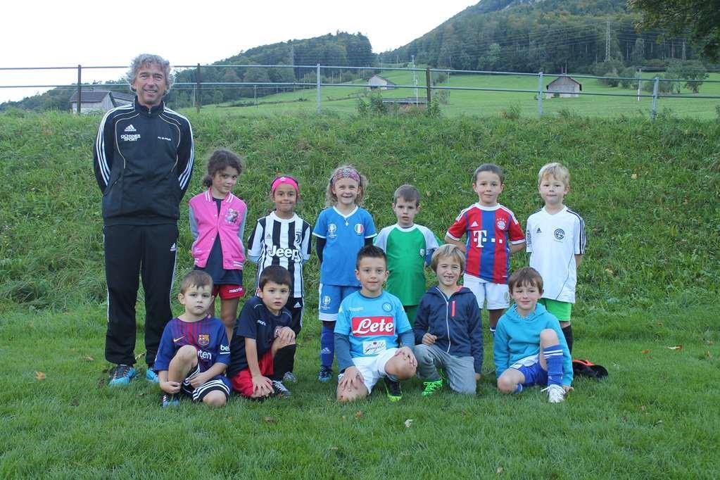 die G-Junioren des FC Glarus freuen sich auf weitere Mitspieler.